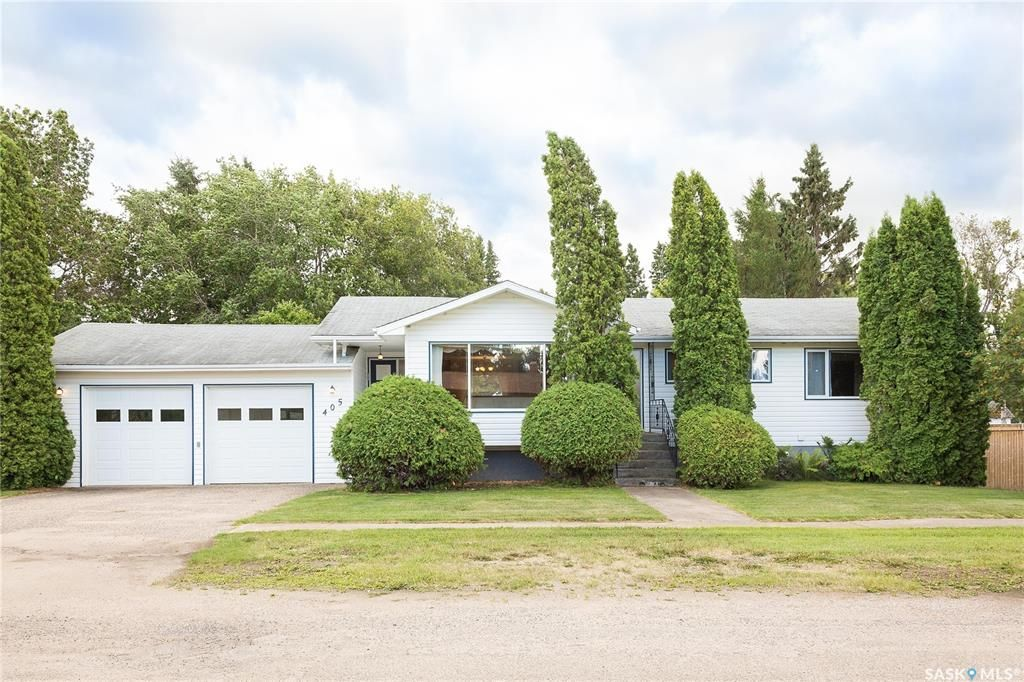 Main Photo: 405 4th Avenue East in Shellbrook: Residential for sale : MLS®# SK866480