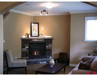 """Photo 3: 1 46832 HUDSON Road in Sardis: Promontory Townhouse for sale in """"CORNERSTONE HAVEN"""" : MLS®# H2805630"""