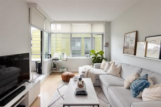 """Photo 2: 403 181 W 1ST Avenue in Vancouver: False Creek Condo for sale in """"BROOK AT THE VILLAGE AT FALSE CREEK"""" (Vancouver West)  : MLS®# R2576731"""