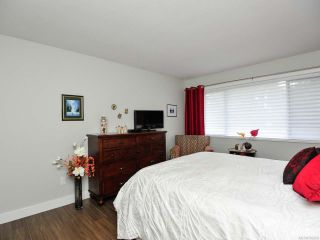 Photo 27: 302 1902 COMOX Avenue in COMOX: CV Comox (Town of) Condo for sale (Comox Valley)  : MLS®# 782389