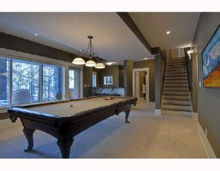 Photo 8: 64 Discovery Valley Cove SW in CALGARY: Discovery Ridge Residential Detached Single Family for sale (Calgary)  : MLS®# C3318122