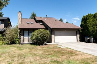 Photo 1: 1901 TYLER Avenue in Port Coquitlam: Lower Mary Hill House for sale : MLS®# R2198963
