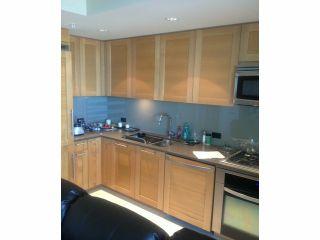 Photo 2: 1805 15152 RUSSELL Avenue: White Rock Condo for sale (South Surrey White Rock)  : MLS®# F1315605