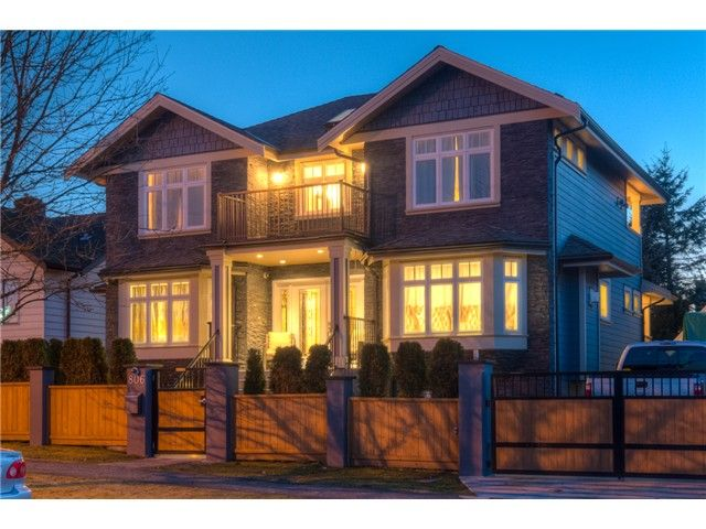 """Main Photo: 806 FOURTH Street in New Westminster: GlenBrooke North House for sale in """"GLENBROOKE NORTH"""" : MLS®# V1129577"""