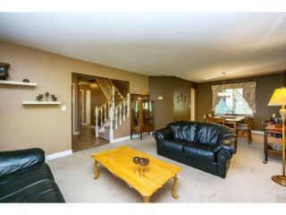 Photo 4: 7757 143 Street in Surrey: East Newton House for sale : MLS®# R2037057