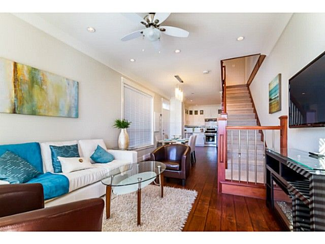 Main Photo: 4761 MANOR Street in Vancouver: Collingwood VE 1/2 Duplex for sale (Vancouver East)  : MLS®# V1044378