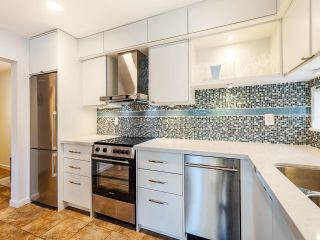 """Photo 12: 210 2120 W 2ND Avenue in Vancouver: Kitsilano Condo for sale in """"ARBUTUS PLACE"""" (Vancouver West)  : MLS®# R2625564"""