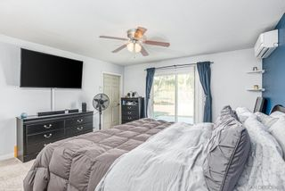 Photo 20: SPRING VALLEY House for sale : 4 bedrooms : 1233 Elkelton