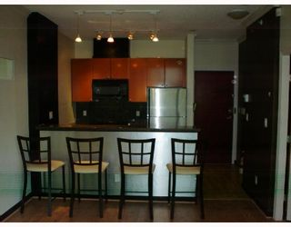 "Photo 2: 202 928 RICHARDS Street in Vancouver: Downtown VW Condo for sale in ""SAVOY"" (Vancouver West)  : MLS®# V654619"