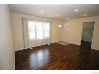 Photo 2: 1262 Logan Avenue in Winnipeg: Brooklands / Weston Residential for sale (West Winnipeg)  : MLS®# 1617354