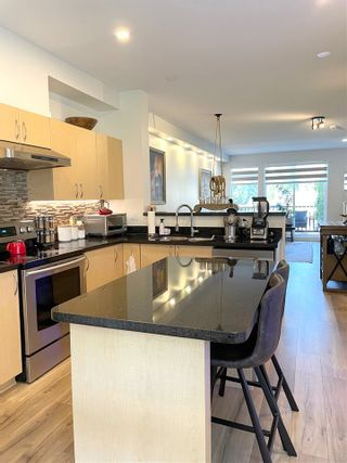 """Photo 7: 30 15 FOREST PARK Way in Port Moody: Heritage Woods PM Townhouse for sale in """"DISCOVERY RIDGE"""" : MLS®# R2549483"""