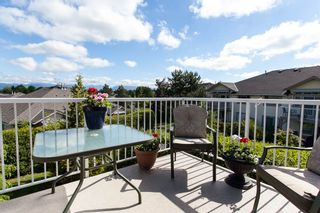 "Photo 11: 118 9012 WALNUT GROVE Drive in Langley: Walnut Grove Townhouse for sale in ""Queen Anne Green"" : MLS®# R2065366"