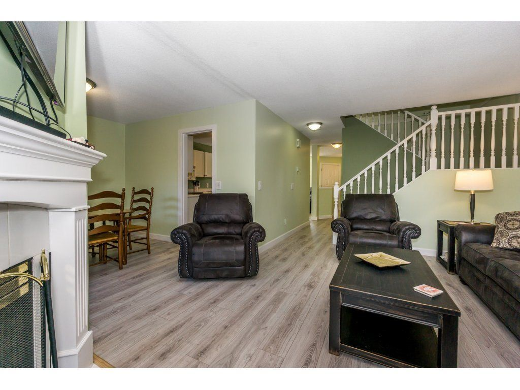 """Photo 11: Photos: 72 21928 48 Avenue in Langley: Murrayville Townhouse for sale in """"Murray Glen"""" : MLS®# R2229327"""