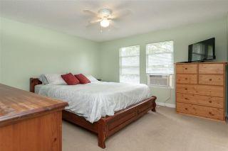Photo 8: 17775 59A Avenue in Surrey: Cloverdale BC 1/2 Duplex for sale (Cloverdale)  : MLS®# R2305485