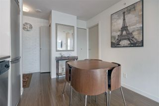 """Photo 2: 1106 161 W GEORGIA Street in Vancouver: Downtown VW Condo for sale in """"Cosmo"""" (Vancouver West)  : MLS®# R2618756"""