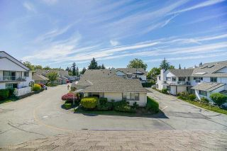 """Photo 34: 403 21937 48 Avenue in Langley: Murrayville Townhouse for sale in """"ORANGEWOOD"""" : MLS®# R2590300"""
