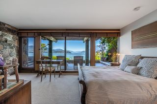 """Photo 14: 370 374 SMUGGLERS COVE Road: Bowen Island House for sale in """"Hood Point"""" : MLS®# R2518143"""