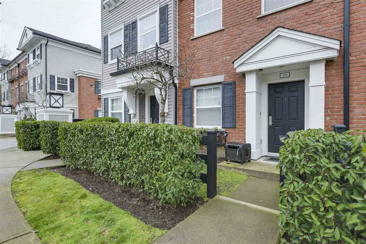 """Main Photo: 35 11067 BARNSTON VIEW Road in Pitt Meadows: South Meadows Townhouse for sale in """"COHO"""" : MLS®# R2344375"""