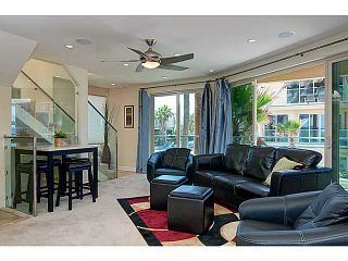 Photo 3: MISSION BEACH Condo for sale : 4 bedrooms : 720 Manhattan Court in San Diego