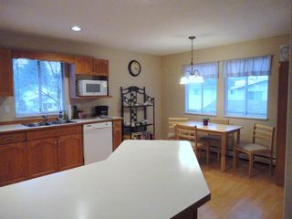 Photo 6: 9168 160A STREET in MAPLE GLEN: House for sale
