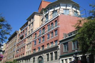 FEATURED LISTING: 405 - 55 Alexander Street Vancouver