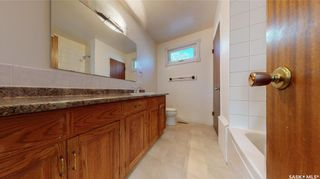 Photo 17: 2034 Queen Street in Regina: Cathedral RG Residential for sale : MLS®# SK871200