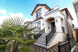 Photo 2: 5838 DUMFRIES Street in Vancouver: Knight House for sale (Vancouver East)  : MLS®# R2463164