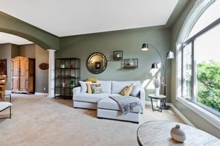 Photo 5: 61 Strathridge Crescent SW in Calgary: Strathcona Park Detached for sale : MLS®# A1152983