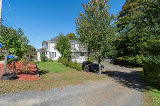 Photo 1: 157 Main Street in Kentville: 404-Kings County Residential for sale (Annapolis Valley)  : MLS®# 202125519