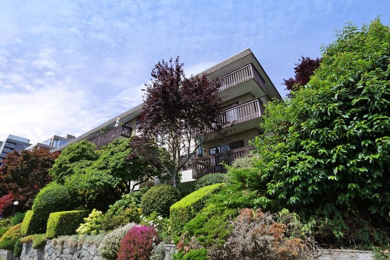 FEATURED LISTING: 406 - 120 4TH Street East North Vancouver