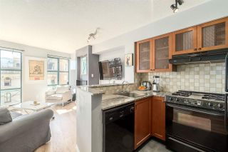 "Photo 5: 501 55 ALEXANDER Street in Vancouver: Downtown VE Condo for sale in ""55 ALEXANDER"" (Vancouver East)  : MLS®# R2085330"