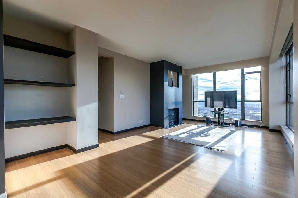 """Photo 6: Photos: 1903 7368 SANDBORNE Avenue in Burnaby: South Slope Condo for sale in """"MAYFAIR PLACE I"""" (Burnaby South)  : MLS®# R2140930"""