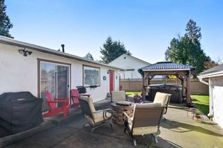 """Photo 17: 1189 164 Street in Surrey: King George Corridor House for sale in """"Meridian"""" (South Surrey White Rock)  : MLS®# R2154808"""