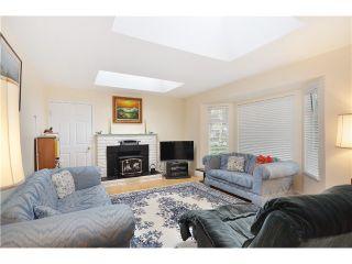 Photo 2: 5820 50TH Avenue in Ladner: Hawthorne House for sale : MLS®# V991605