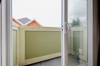 """Photo 16: 17 339 E 33RD Avenue in Vancouver: Main Townhouse for sale in """"Walk to Main"""" (Vancouver East)  : MLS®# R2374151"""