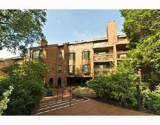 """Photo 1: 308 2320 W 40TH Avenue in Vancouver: Kerrisdale Condo for sale in """"MANOR GARDENS"""" (Vancouver West)  : MLS®# V678484"""