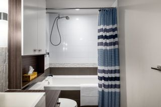 """Photo 12: 328 1783 MANITOBA Street in Vancouver: False Creek Condo for sale in """"Residences at West"""" (Vancouver West)  : MLS®# R2617799"""