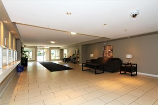 "Photo 11: 316 12248 224 Street in Maple Ridge: East Central Condo for sale in ""URBANO"" : MLS®# R2211064"