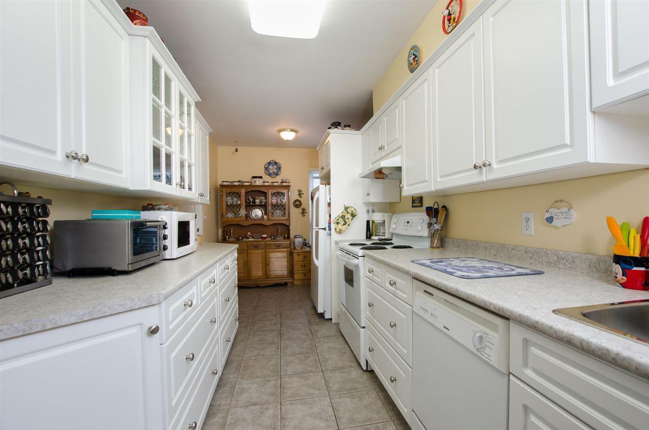 "Photo 11: Photos: 54 6712 BAKER Road in Delta: Sunshine Hills Woods Townhouse for sale in ""SUNRIDGE ESTATES"" (N. Delta)  : MLS®# R2423502"