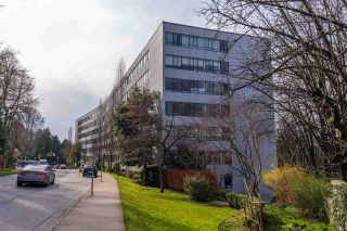 """Photo 21: 104 1445 MARPOLE Avenue in Vancouver: Fairview VW Condo for sale in """"Hycroft Towers"""" (Vancouver West)  : MLS®# R2554611"""