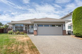 Photo 1: 19718 Willow Way in Pitt Meadows: Mid Meadows House for sale : MLS®# R2607618