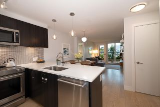 Photo 2: 411 2477 CAROLINA STREET in Vancouver: Mount Pleasant VE Condo for sale (Vancouver East)  : MLS®# R2485517