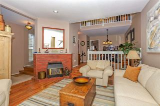 Photo 1: B 450 W 6TH Street in North Vancouver: Lower Lonsdale 1/2 Duplex for sale : MLS®# R2403905