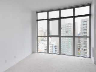"""Photo 9: 1205 1050 SMITHE Street in Vancouver: West End VW Condo for sale in """"THE STERLING"""" (Vancouver West)  : MLS®# V820853"""