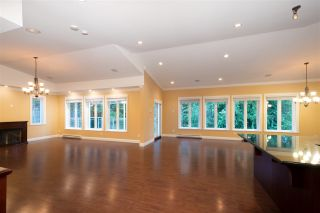 Photo 10: 1041 PROSPECT Avenue in North Vancouver: Canyon Heights NV House for sale : MLS®# R2591433