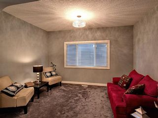 Photo 2: 65 Redstone Drive NE in Calgary: Redstone Detached for sale : MLS®# A1146526
