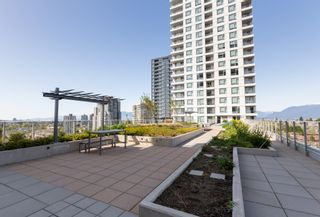 Photo 13: 1208 5515 BOUNDARY ROAD in : Collingwood VE Condo for sale : MLS®# R2419394