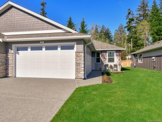 Photo 1: 27 2000 Treelane Rd in CAMPBELL RIVER: CR Campbell River West Row/Townhouse for sale (Campbell River)  : MLS®# 812235