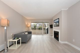 "Photo 2: 218 550 E 6TH Avenue in Vancouver: Mount Pleasant VE Condo for sale in ""LANDMARK GARDENS"" (Vancouver East)  : MLS®# R2143032"