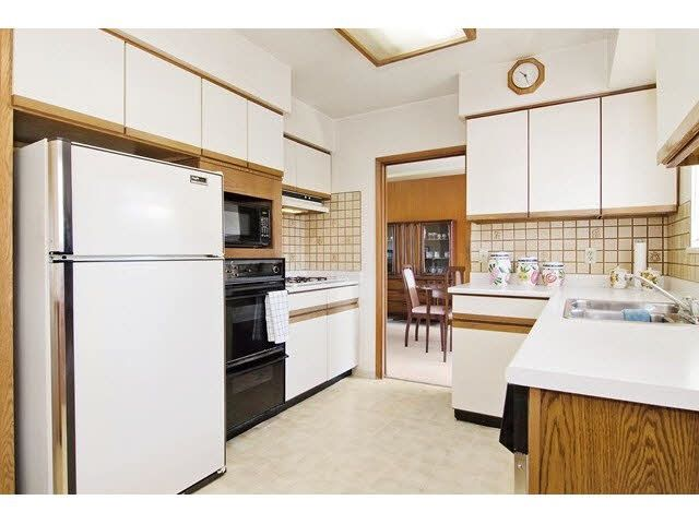 Photo 12: Photos: 1672 HARBOUR Drive in Coquitlam: Harbour Place House for sale : MLS®# R2146452